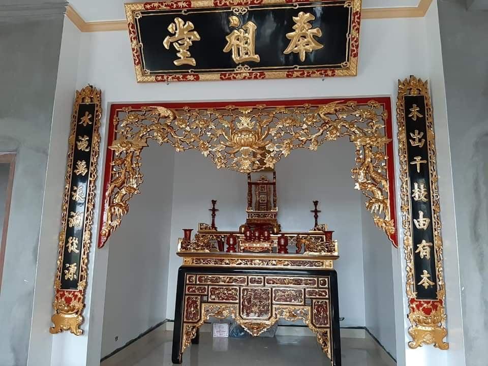 Mẫu thiết kế phòng thờ bằng gỗ số 1